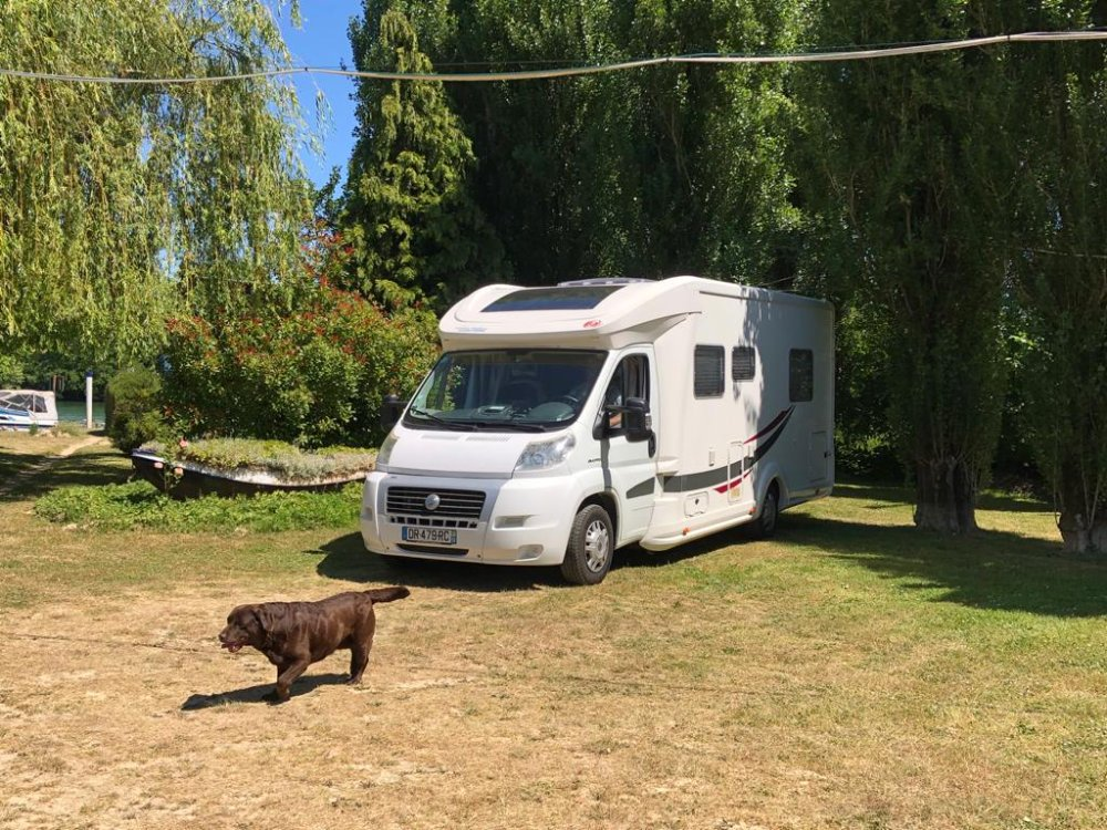 Aire camping-car à Poincy (77470) - Photo 5